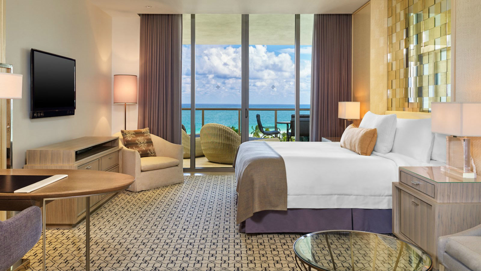 Deluxe Ocean View Rooms